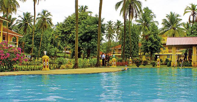 Hotel Carina Beach Resort