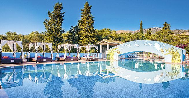 Hotel Memento Kassiopi Resort