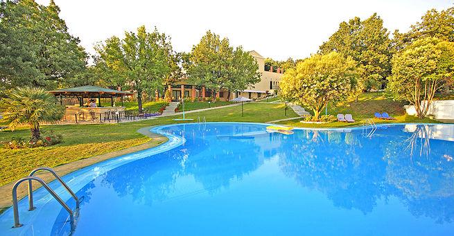 Hotel Century Resort